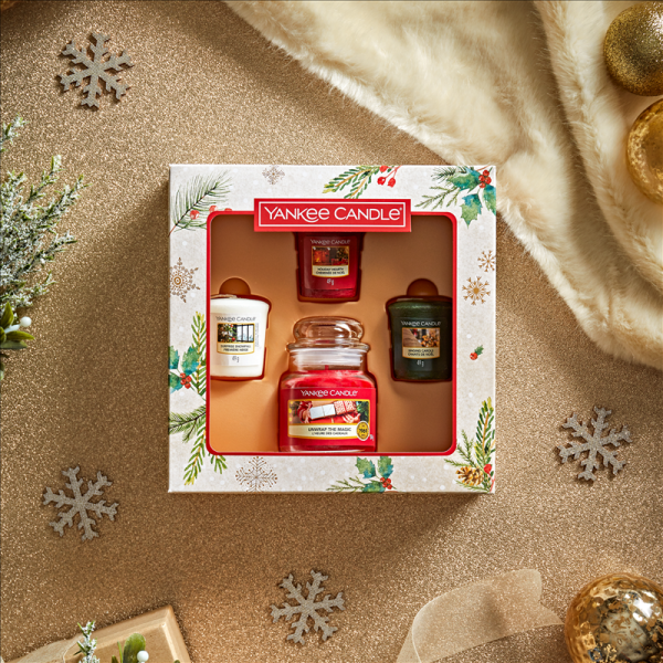 Small Jar & 3 Votive Candle Gift Set