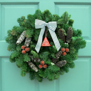 Jolly Wreath 10 inch