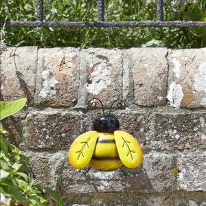 Bee Hanger On