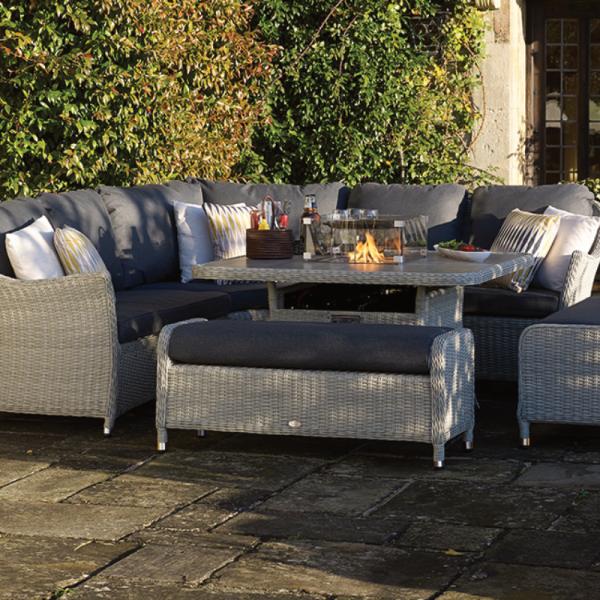 Bramblecrest Monterey Firepit Square Sofa Set